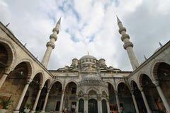 Den nya moskén (Yeni Cami), Istanbul, Turkiet Arkivfoto
