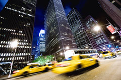 den nya natten taxis york Arkivfoto