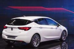 Den nya Opel Astra på IAAEN 2015 royaltyfri fotografi