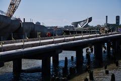 Den nya pir 55 p? Hudson River i New York royaltyfria bilder