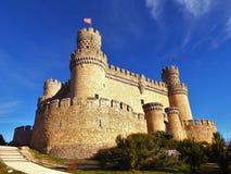Den nya slotten av Manzanares el Real, också som är bekant som slott av los Mendoza Royaltyfri Foto