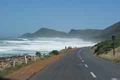 Den oändliga vägen i Cape Town berg arkivbild