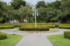 Den offentliga offentliga trädgården är dekorerat härligt Royaltyfri Bild