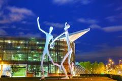 Den offentliga skulpturen för dansare i Denver royaltyfri foto