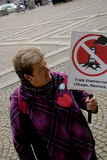 DEN OLIKA PROTESTEN SAMLAR Fotografering för Bildbyråer