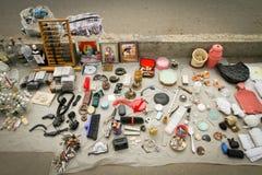 Den olika saker säljs på Dry bromarknad Royaltyfria Bilder