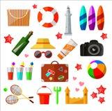 Den olika stranden och kopplar av symboler och beståndsdelar stock illustrationer