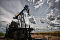 Den olje- pumpen Arkivfoton