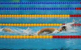 Den olympiska mästaren Katie Ledecky av Förenta staterna konkurrerar på kvinnornas den 800m fristilen av Rio de Janeiro 2016 OS Arkivfoton