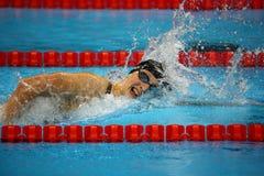 Den olympiska mästaren Katie Ledecky av Förenta staterna konkurrerar på kvinnornas den 800m fristilen av Rio de Janeiro 2016 OS Royaltyfri Foto