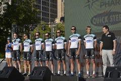 Den Omega Pharma ömt ställe kliver det yrkesmässiga cykla laget Fotografering för Bildbyråer