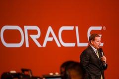 Den Oracle presidenten Mark Hurd gör anförande på den Oracle OpenWorld konferensen Royaltyfri Bild