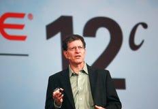 Den Oracle vice verkställande direktören Andy Mendelsohn gör anförande på den Oracle OpenWorld konferensen Royaltyfri Foto