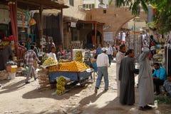 Den orientaliska marknaden av Aswan i Egypten Arkivfoton