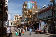 Den orientaliska marknaden av Aswan i Egypten Royaltyfria Bilder