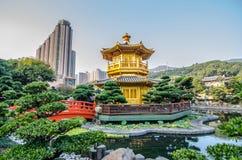 Den orientaliska paviljongen av absolut perfektion i Nan Lian Garden, Arkivfoton