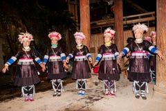 Den original- Dong Chorus, Guizhou, porslin arkivbild