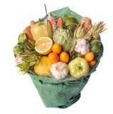 Den original- ovanliga ätliga grönsak- och fruktbuketten Fotografering för Bildbyråer