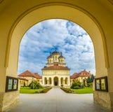 Den ortodoxa domkyrkan för kröning i Alba Iulia, Transylvania, Rumänien Royaltyfri Foto