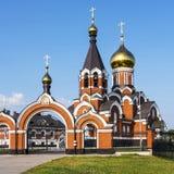 Den ortodoxa kyrkan av Elijah profeten i staden av Kargat, Fotografering för Bildbyråer