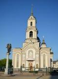 Den ortodoxa templet för domkyrkan är i Donetsk Arkivfoto