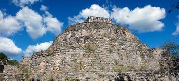 Den ovala slotten av Ek Balam Arkivfoton