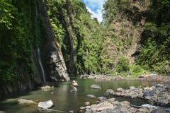 Den Pagsanjan fallsfloden turnerar laguna philippines arkivbild