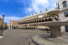 Den Palazzo dellaen Ragione är det gamla stadshuset, Padua Arkivfoton