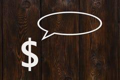 Den pappers- dollaren talar eller tänker Abstrakt begreppsmässig bild Fotografering för Bildbyråer