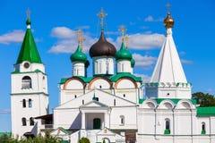 Den Pechersky uppstigningkloster Arkivfoton
