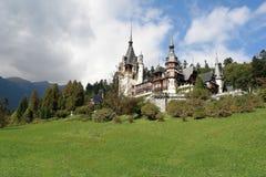 Den Peles slotten. Rumänien. Arkivfoton