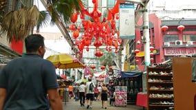 Den Petaling gatan ?r en chinatown som lokaliseras i Kuala Lumpur, Malaysia stock video