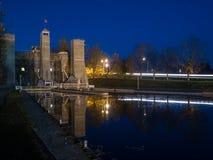 Den Peterborough elevatorn låser Trent Severn Waterway At Dusk arkivfoton