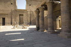 Den Philae templet på den Agilkia ön i sjön Nasser nära Aswan, E Arkivbild