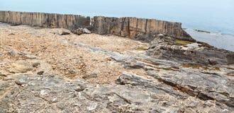 Den Phoenecian havsväggen på Batroun, Libanon royaltyfria bilder