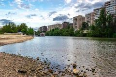 Den Pisuerga flodbortgången till och med Valladolid royaltyfria foton