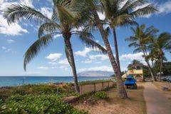 Den pittoreska Charley Young Beach i Kihei, Maui royaltyfri fotografi