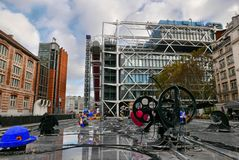 Den Pompidou mitten, Paris, Frankrike royaltyfri fotografi