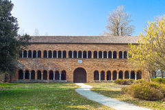 Den Pomposa abbotskloster av Codigoro Arkivfoton