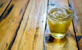 Den populära drinken i Vietnam Tra Da Royaltyfri Fotografi