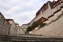 Den Potala slotten Royaltyfria Bilder