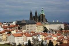 Den Prague slotten är den viktigaste tjeckiska slotten royaltyfri foto