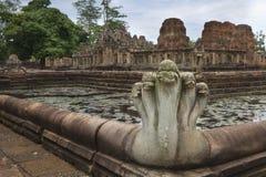 Den Prasat Hin Muang tumen är en en khmertempel i det Prakhon Chai området, Buri Ram Province, Thailand Arkivbild