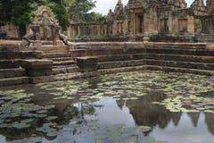 Den Prasat Hin Muang tumen är en en khmertempel i det Prakhon Chai området, Buri Ram Province, Thailand Royaltyfria Foton
