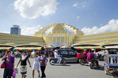Den Psar thmeicentralen marknadsför i Phnom Penh cambodia Royaltyfri Bild