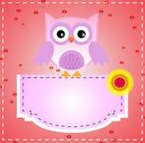 Den purpurfärgade gulliga owlen och text stiger ombord Arkivfoton