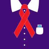 Den purpurfärgade skjortan med världen bistår rött bandsymbol för dag Arkivbild