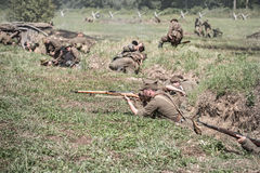 Den röda armén anfaller tyska positioner Arkivfoto