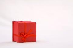 Den röda gåvan boxas Royaltyfri Bild