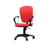 Den röda kontorsstolen isolerat Fotografering för Bildbyråer